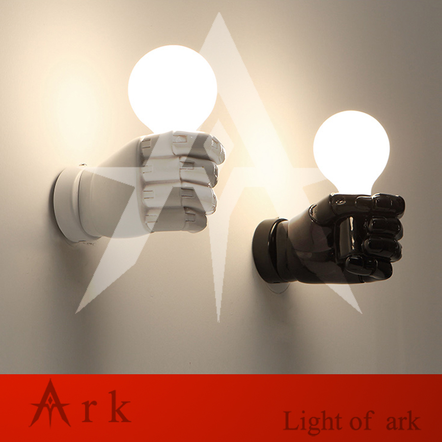 ark light Nordic Loft Style Creative Resin Fist led Wall Sconce Industrial Vintage Wall Light Antique LED Wall Lamp Indoor Light ark light vintage reminisced loft bird wall light american style wall sconces light for coffee bar tea room