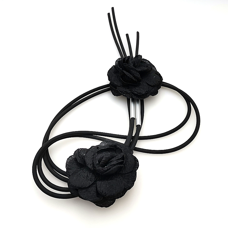 Купить с кэшбэком YD&YDBZ Fashion Pendant Necklace For Womens Exquisite Necklace Black Flower Jewelry Boho Style Long Rubber Leather Chain Choker