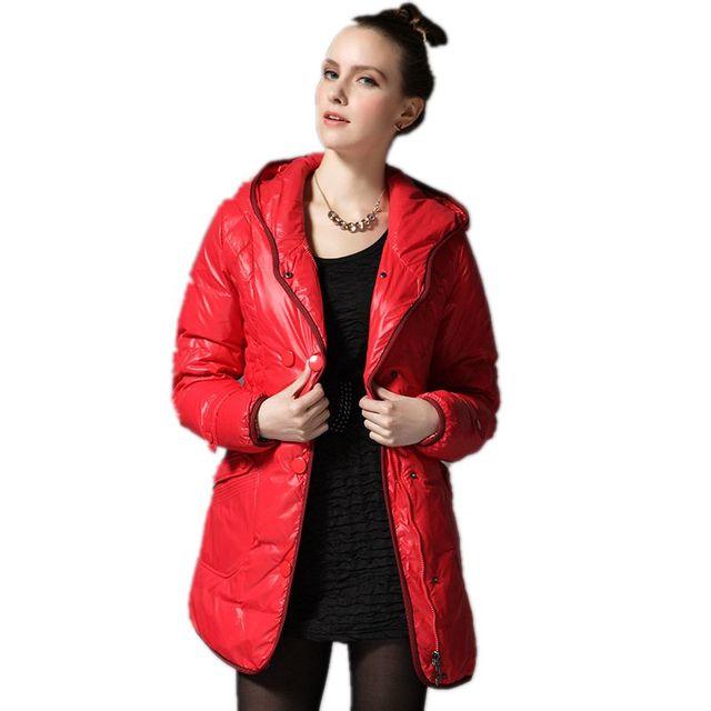 Chaqueta de Invierno Con Capucha de las mujeres de Largo Abajo de la Capa 2017 Nuevas Mujeres de la Llegada Abrigos Gruesos Calientes 4 Colores Parka Femenina Señoras chaquetas Y926