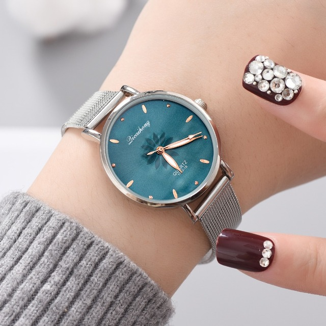 Watches For Women Luxury Silver Popular Pink Dial Flowers Metal Ladies Bracelet Quartz Clock Ladies Wrist Watch 2018 New