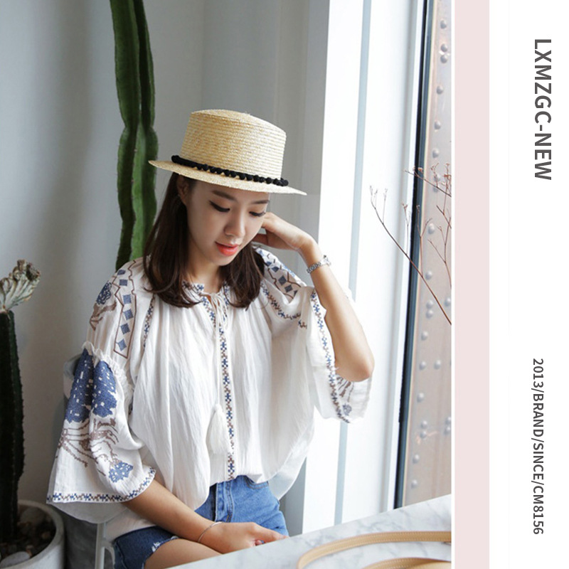 New ladies summer beach vacation sun hat Wild flat top small hair ball straw straw hat for parent-child