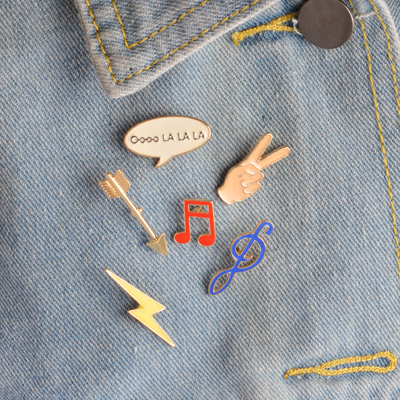 Mode emalje Broche Pins Knap Pins 6 stk / sæt Cute CartoonMusic note Hand Arrow Lightning Jakke krave Badge Kvinder smykker