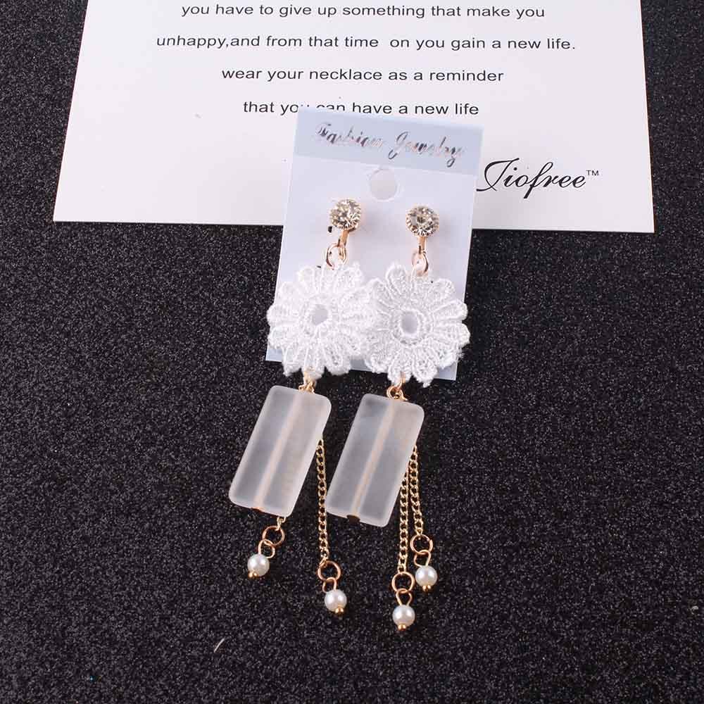 Amicable Ladies Acrylic Pearl Clip On Earrings Long Tassel White Lace Flower Earring Statement Neednt Ear Hole Women Fashion Jewelry Clip Earrings