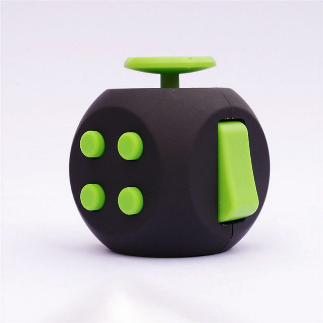 New Magic fidget cube 3 upgraded version anti stress toys hand wheel relieves focus anxiety gift reliever desk spinner toy