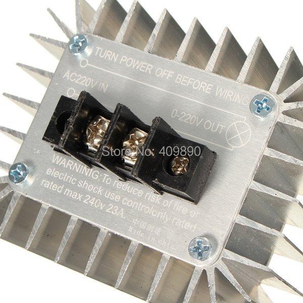 AC 220 V 5000 W SCR Réglable Régulateur de tension moteur Lampe Contrôleur 85x70x42mm