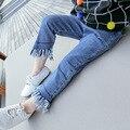 2017 Nova Chegada Do Bebê Meninas Denim calças de Brim Infantis Meninas Novo moda Tassel Soild Calça Jeans Primavera Outono Calças Compridas de Alta Qualidade calças de brim