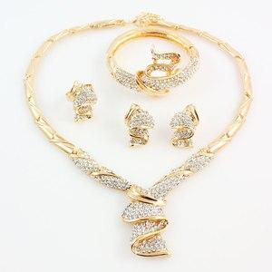 Image 2 - Groothandel Mode Goud Kleur Rhinestone Bruiloft Sieraden Sets Ketting Armband Ring Oorbellen Voor Vrouwen Bridal