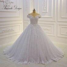 Amanda Design, robe de mariée, épaules dénudées, robe de mariée brillante, appliquée en dentelle