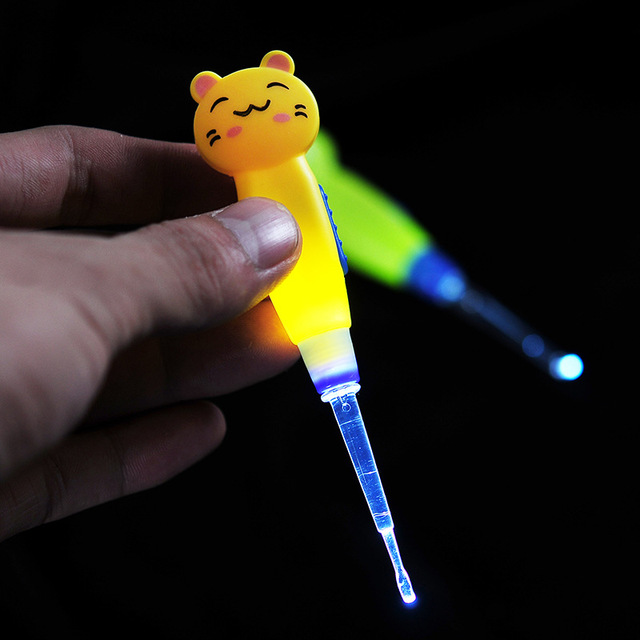 Baby Ear Cleaner Ear Wax Removal Tool Flashlight Earpick Cleaning for Baby
