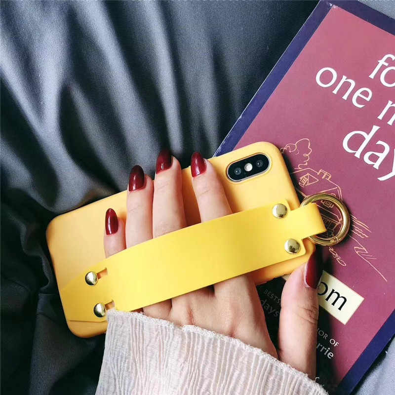 LUDI w stylu Vintage pasek na nadgarstek etui na telefony dla iPhone 7 7 Plus etui na iPhone X 6 6 s 8 Plus żółty fioletowy czarny zwykły miękkiego silikonu Capa