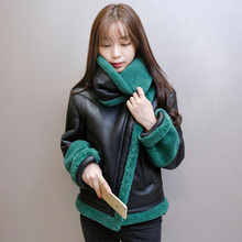 2016 Winter New Korean Thicken Warm Version Lamb Wool Jacket Women Short Paragraph Slim Big yards
