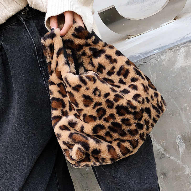 1c52a71d8669 Faux Fur Vest Tote Bags For Women 2018 Female Warm Top-Handle Handbag Girls  Leopard