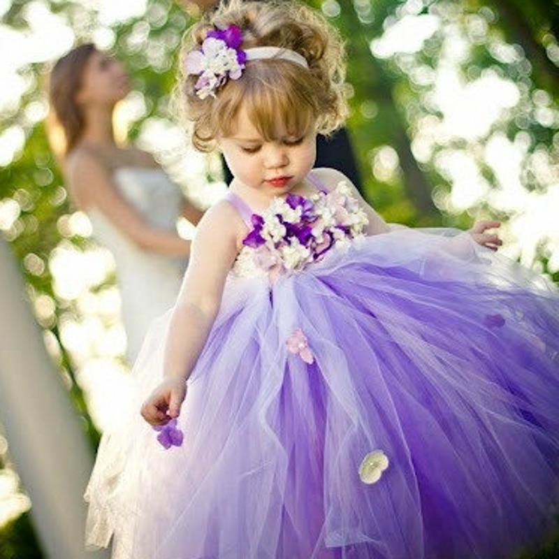 Fantastisch Kleine Mädchen Abendkleider Galerie - Brautkleider Ideen ...