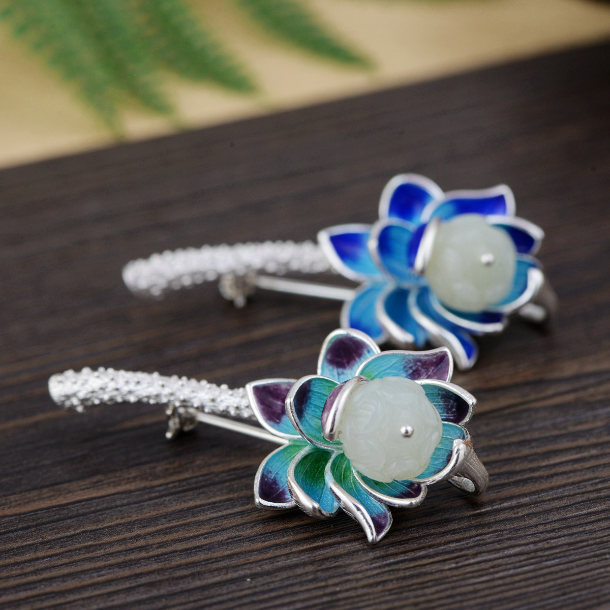 S925 sterling silver inlaid natural stone Thai silver beautiful burning blue brooch female pendant new products s925 sterling silver inlaid natural stone thai silver beautiful burning blue brooch female pendant new products
