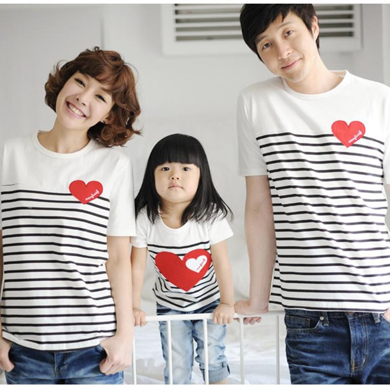2016 Семья Футболки папы и сына мама девочка соответствующие футболки одежда короткие летние повседневные хлопковые полосатые футболки ...