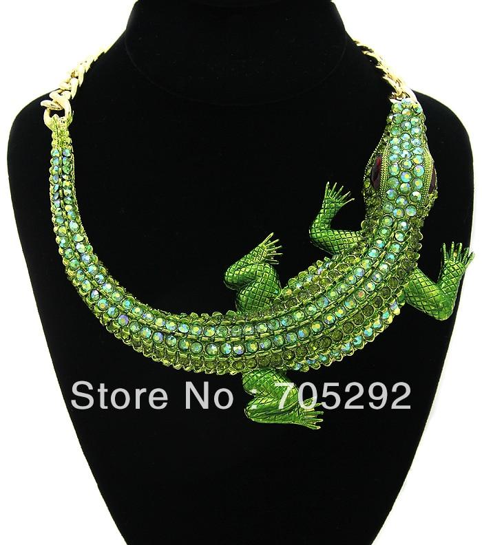 Huge Fashion Crocodile Pendants Chunky Statement Necklace