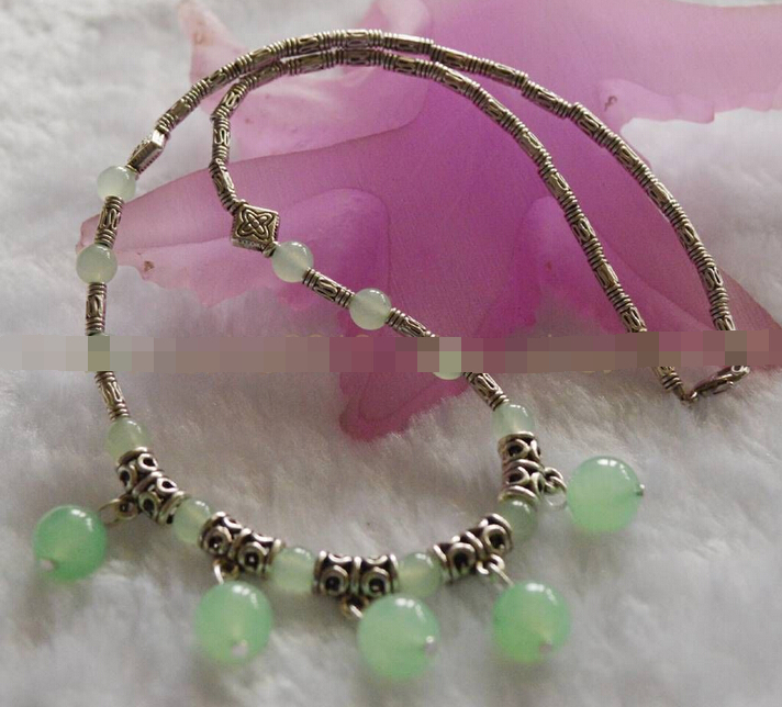 27016e5a90bb Jewelr 005304 BELLE LUMIÈRE NATURELLE VERT RONDE PERLES de verre TIBET  ARGENT COLLIER 18