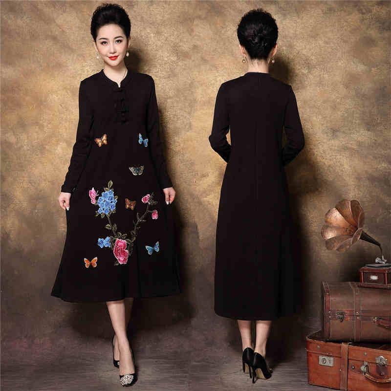 Chine style Élégant Mère tricoté conduites de carburant rétro Broderie Strass moyen âge femelle tenue de fête grande taille robes XXXXL