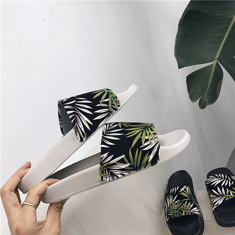 80096c59f6a4 2019 summer shoes woman home slippers women designer luxury brand slides  beach shoes platform cute slippers women terlik pantufa-in Slippers from  Shoes on ...