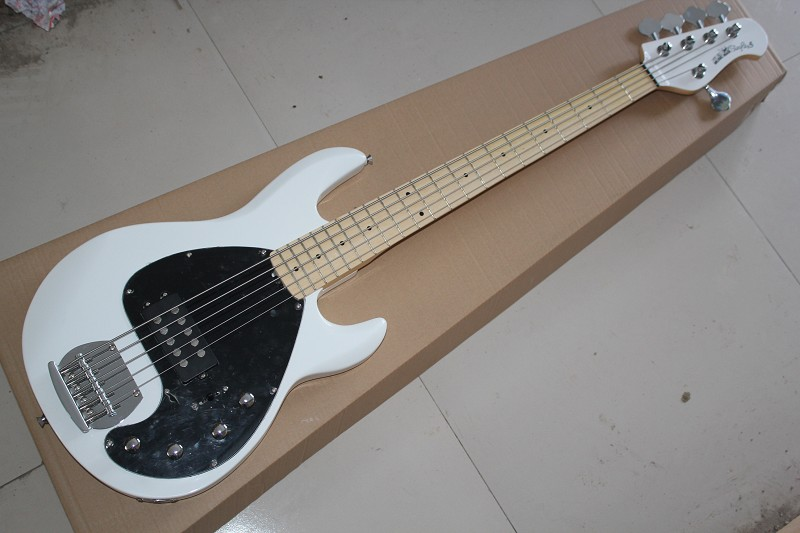 top quality music man stingray5 strings signature bass with active pickups 9v battery electric. Black Bedroom Furniture Sets. Home Design Ideas