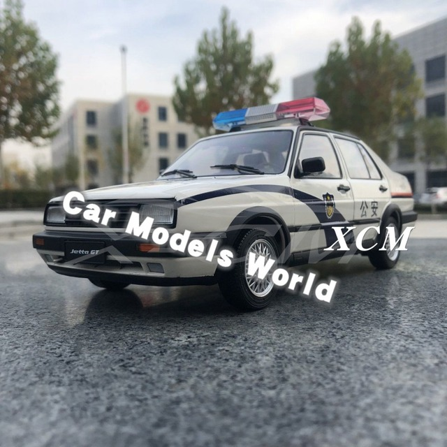 Diecast Auto Modell für Alte Jetta Polizei 1:18 + KLEINE GESCHENK!!!!!