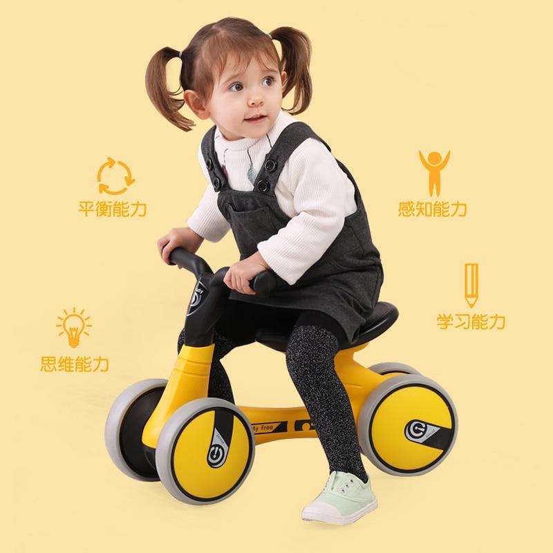 Baby Taxi, Twist Car, Baby Walker, 1-3 Year Old Toy Car, No Pedal Balance Car, Children's Walker Yo-yo car