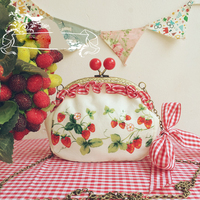 Handmade Lolita Mori Girl Cosplay Accessories Cheery Hasp Coin Purse Strawberry Vine Print Ruffle Messenger Bag Handbags