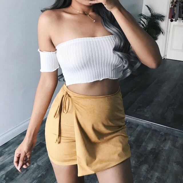 16cdeaad9f Moda Chic off ombro top colheita branco plissado sexy t camisa mulheres  2018 verão casual t