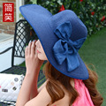 2017 Primavera Verão Praia Chapéu de Palha Para As Meninas Moda Bowler Sun chapéu de 360 Graus Protetor Solar Grande Aba Do Chapéu Senhoras Cap Viagem Ao Ar Livre