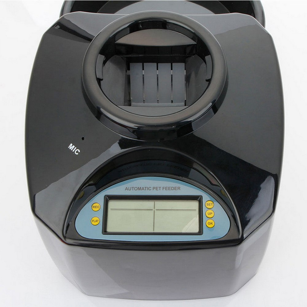 5.5L Automatic Pet Feeder for Cats and Dogs with Voice Message Recording  1