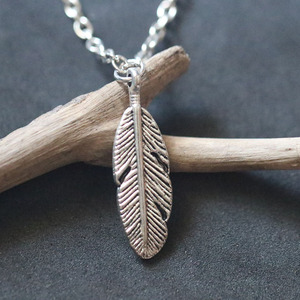 Tree Leaf Feather Pendant Necklace For Women Vintage Silver Charms Christmas Holiday Gift Choker Collier Bijoux Female