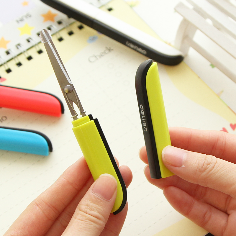 1 Pc Fashion Portable Safety Scissors With Cap Pocket Style Tesoura 118.4x13.8x10.4mm 4 Colors Deli 0600