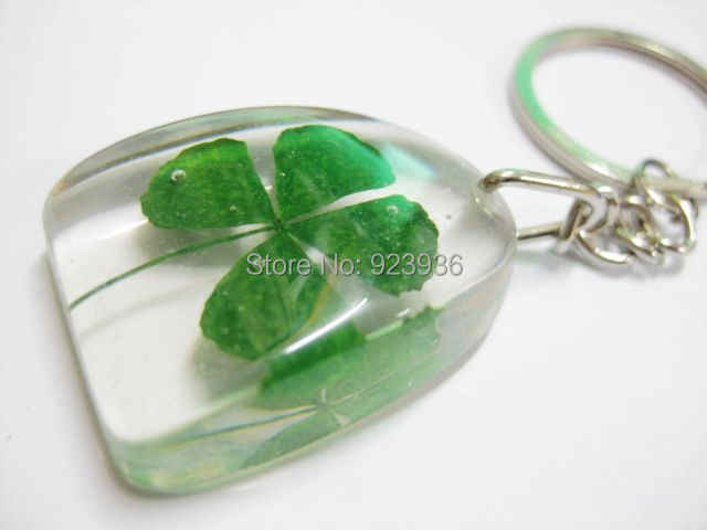 FREE SHIPPING wholesale 12  pcs GREEN LUCKY GIFT COOL SHAMROCK KEYCHAIN AWESOME REAL FOUR LEAF CLOVER KEY RING
