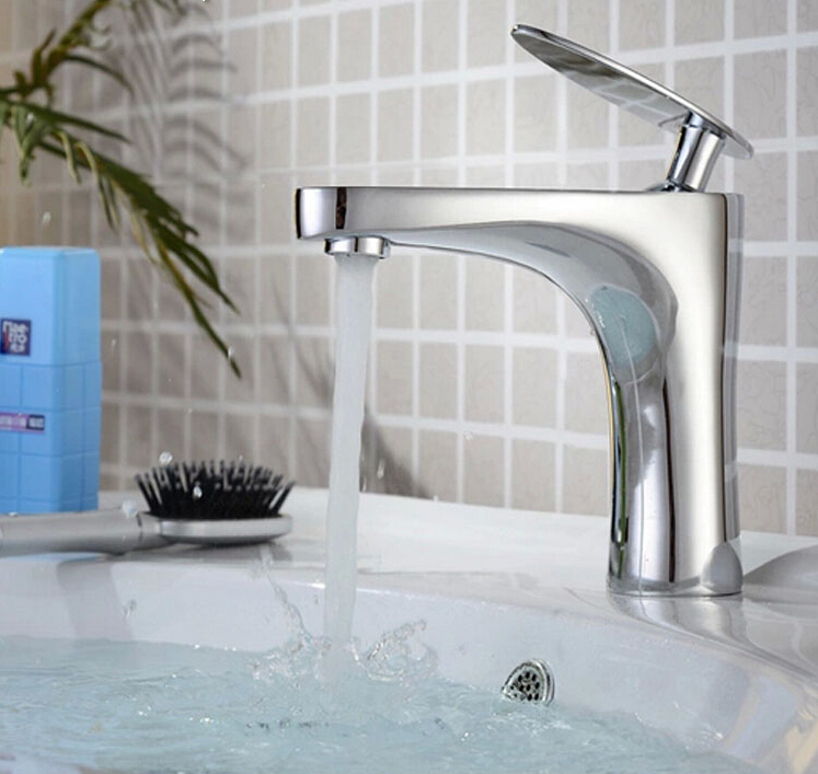 chrome brass single lever hot and cold bathroom sink faucet basin faucet new arrival top quality brass single lever hot and cold chrome bathroom basin faucet bathroom sink faucet brief bathroom faucet
