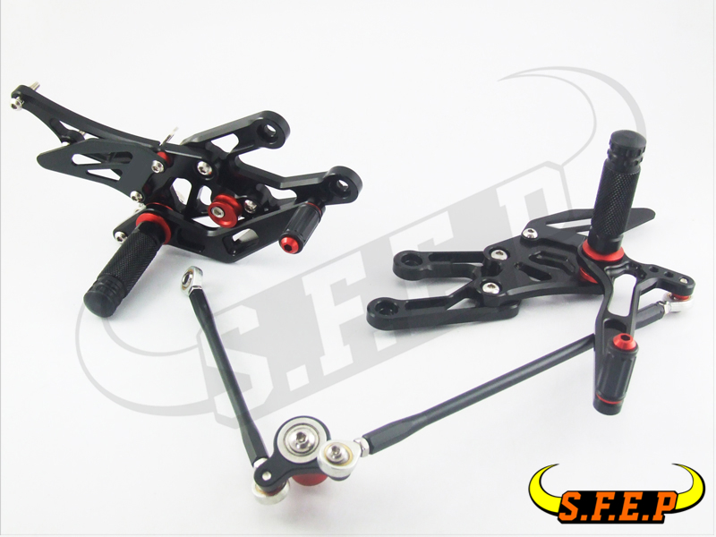 CNC Adjustable Rearsets Rear Sets foot pegs For Honda CBR1000RR 2004-2005-2006-2007