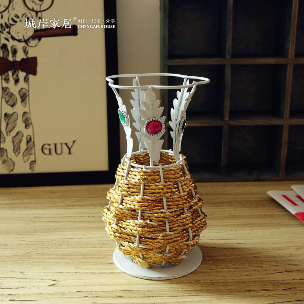 Flowers by post vase - Dried Flower Vase