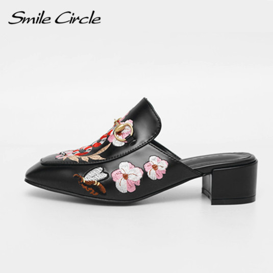 Summer Style Shoes Fashion embroidery high heels flip flop Designer Flowers sandals slippers Women embroidered leather shoes  high quality women comfort high heels slippers sandals platform shopping flip flop 170511