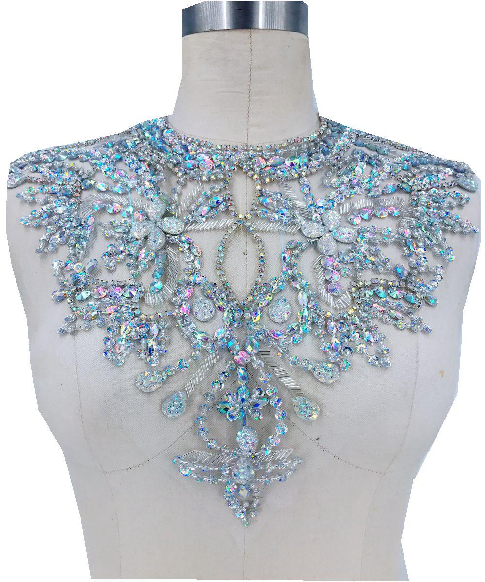 Handgemaakte clear AB kleur crystal patches Pailletten Steentjes applique op wit mesh 38*32 cm voor top jurk rok-in Bergkristallen van Huis & Tuin op  Groep 1