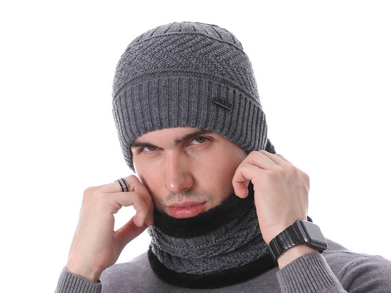 قبعات مع وشاح للرجال 17