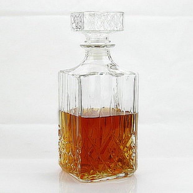 1PC Luxurious Top Grade Square Crystal Glass Wine Bottle Wine Decanter Wine Carafe Whiskey Bottle Jug 800ml Barware JR 1084
