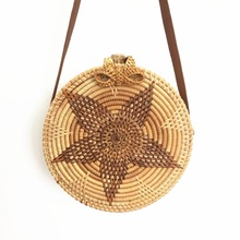 Fashion womens bag five-pointed star rattan round ins Bali retro bow beach 2019 new casual diagonal package