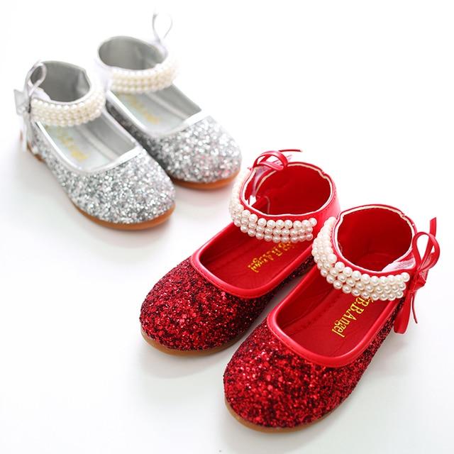 2016 детей мягкие скольжению подошва принцесса обувь одного девочек размер мелкой рот кожи красный серебро свободного покроя танцевальной обуви