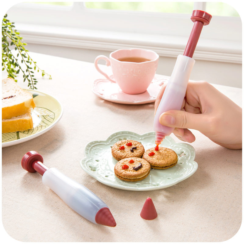 1Pcs Small Silicone Mold Baking Pastry Cake Decorating Tools Dough Kitchen Cake Butter Baking utensils Dessert Decorators in Dessert Decorators from Home Garden