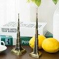 Burj Khalifa de Dubai Harry adornos artesanales de metal monumento mundialmente famoso modelo de recuerdos para turistas con taladro