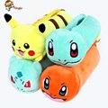 2016 Pikachu Bulbasaur Charmander peluche bolso de La Pluma bolsa de almacenamiento 24 cm Regalos para los estudiantes de Poke Bola libera el envío