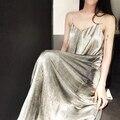 [TWOTWINSTYLE] 2017 Металлические Цепи Ремни Спинки Повседневная Свободные Длинные Секс Dress Женщины Новый Серебро Золото Цвет Мода Cothing