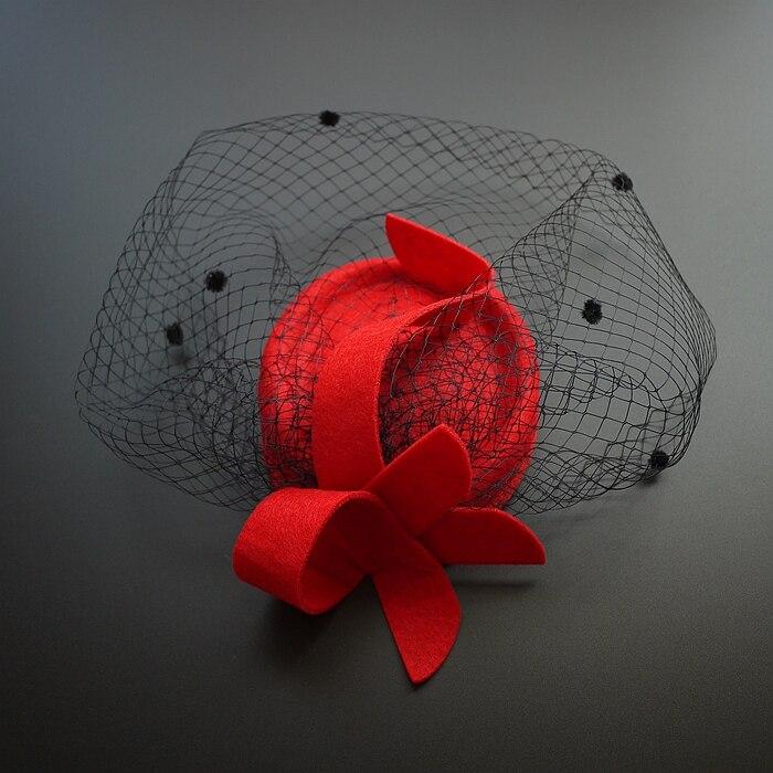 7d90e9da224e3 Clásico negro rojo Telas otoño Top Hat Fedora velo banquete cena evening  party Ladies Fancy sombrero clip de pelo Accesorios