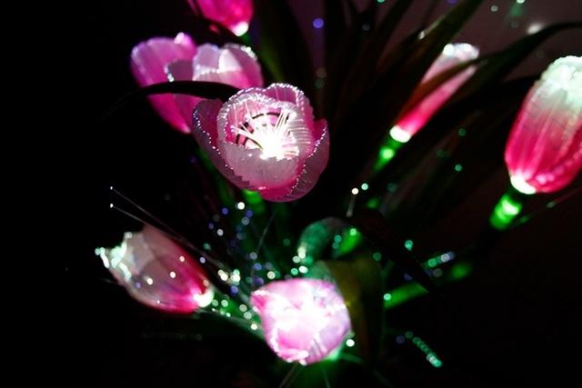 Romântico 10 Tulipas Flor de Iluminação LED Luzes De Fadas Festa de Casamento Decoração de Casa Quarto Decoração Do Jardim Plantas Artificiais