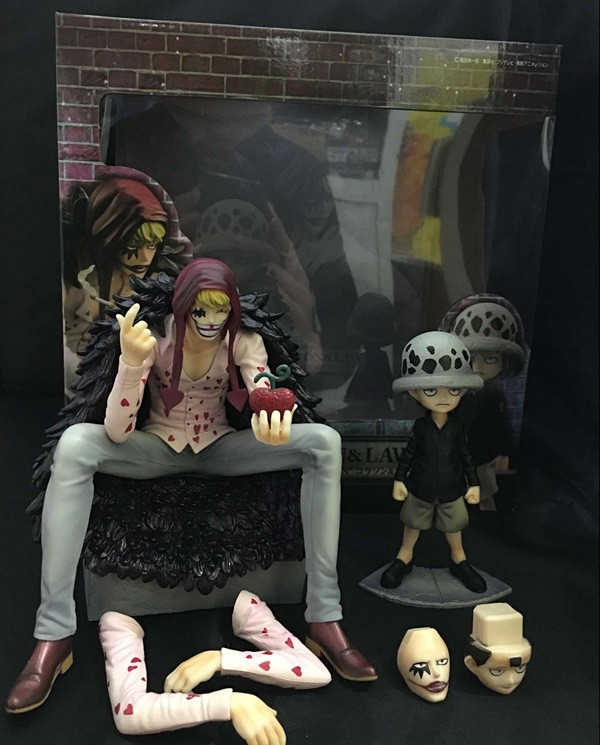 2pcs/set One Piece Trafalgar Law Corazon Anime Collectible Action Figure PVC toys for christmas gift with retail box hot anime 24cm trafalgar law one piece action figures anime pvc brinquedos collection figures toys with retail box birthday gift