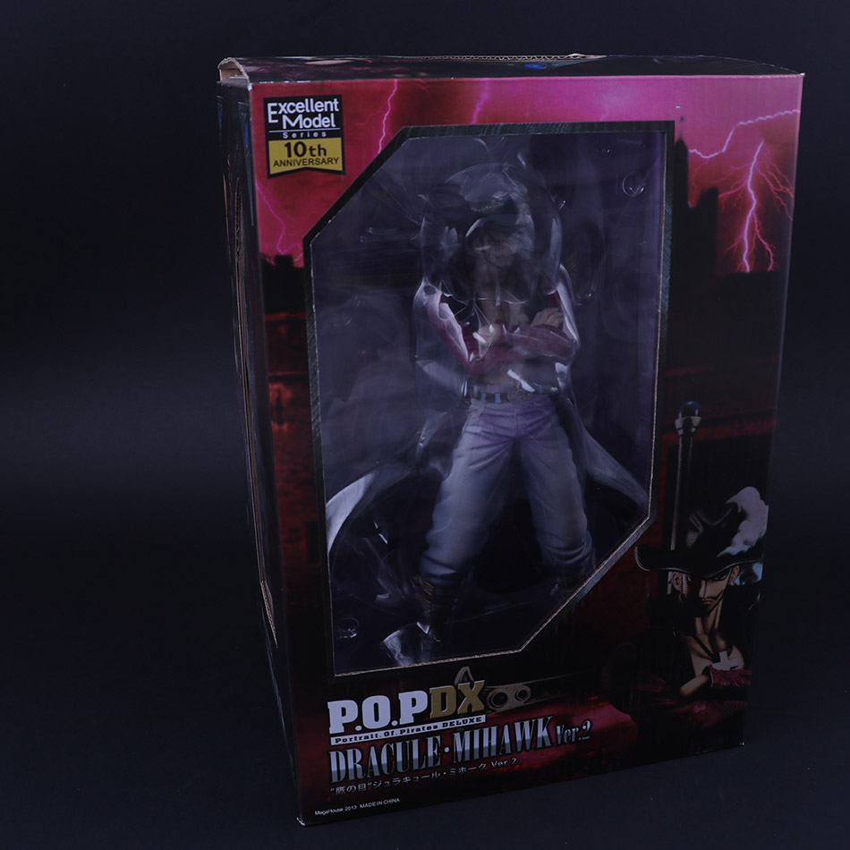 Japanese ONE PIECE 10th Anniversary Character Dracula Mihawk Collectable Figure